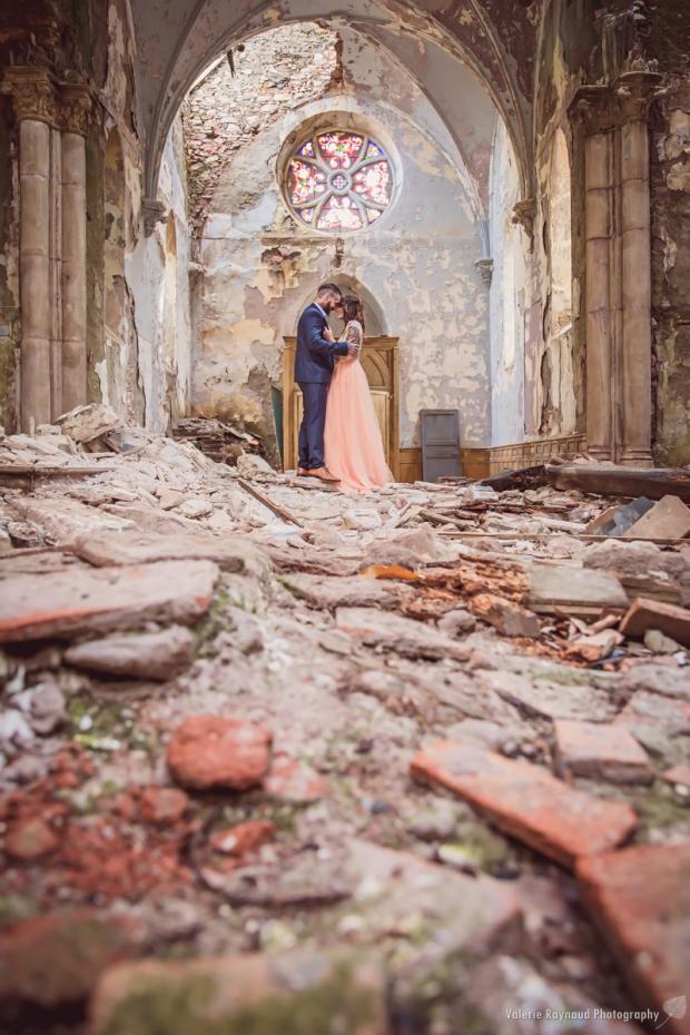 le-monde-peut-bien-seffondrer-_-mariage-insolite-montpellier-073